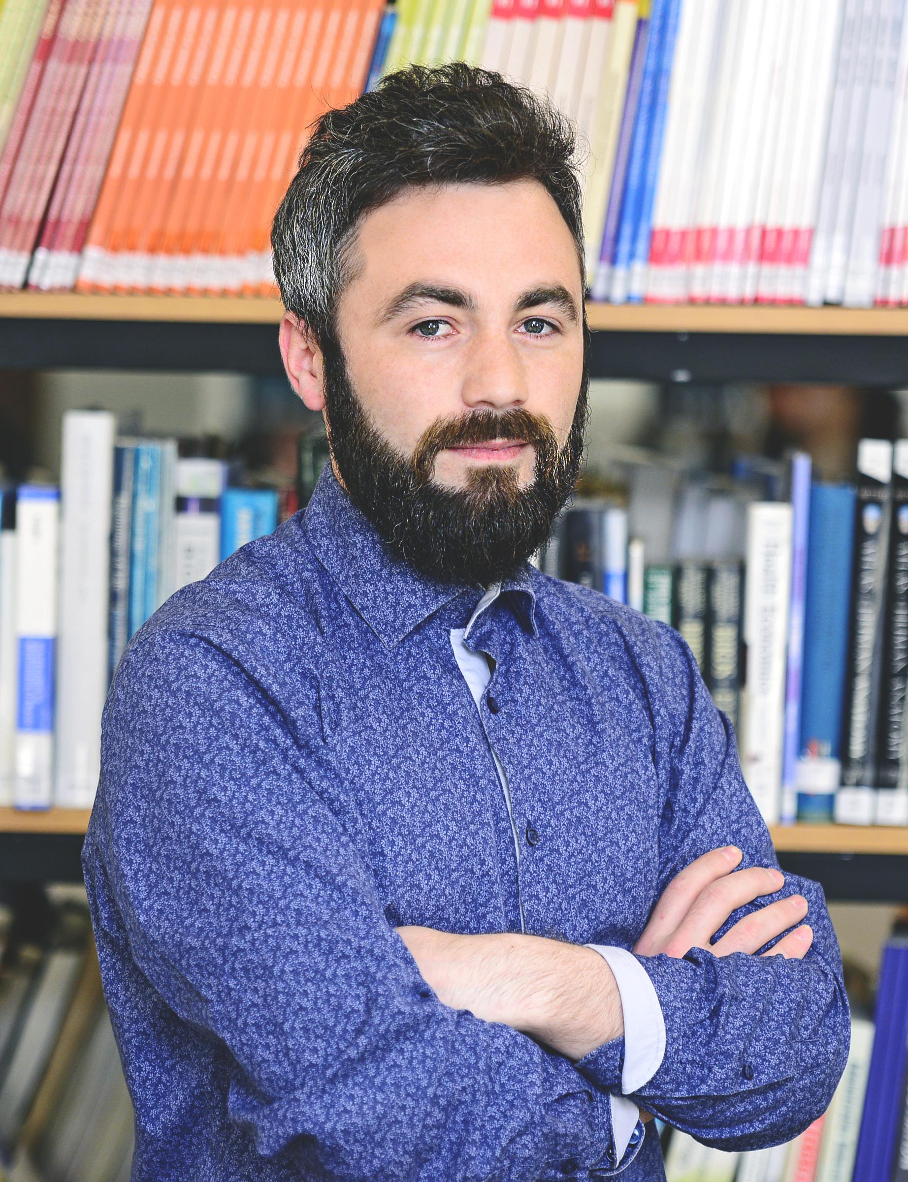 ბიბლიოთეკარი – იაგო თვალაბეიშვილი iago.tvalabeishvili.1@iliauni.edu.ge